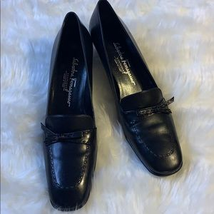 Salvatore Ferragamo Boutique Pumps size 7.5 Narrow